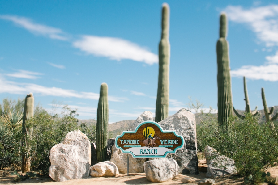 tanque-verde-ranch-arizona-wedding-photographer-001